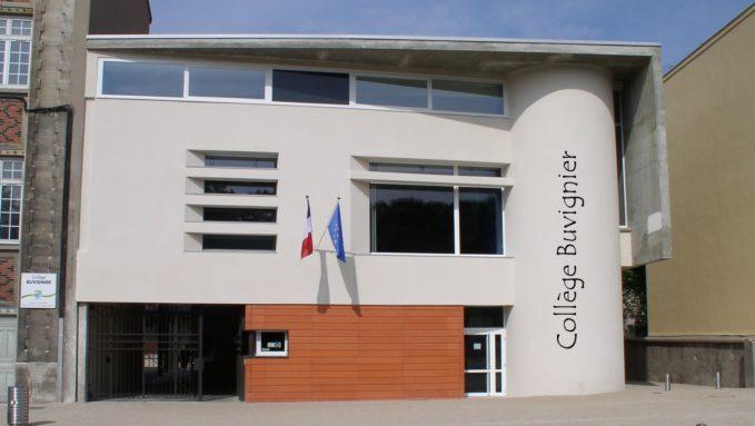 façade collège 26 mai 04.jpg